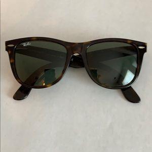 Ray-Ban Wayfair Large Frame Sunglasses